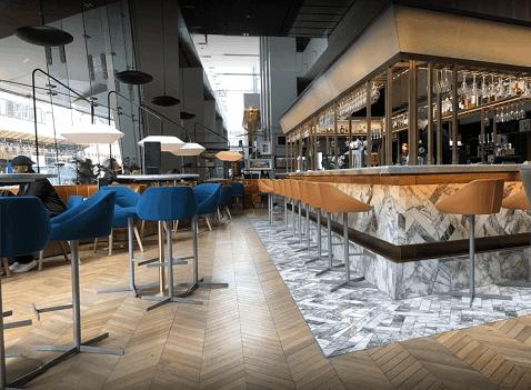 Radisson Blu bar in Glasgow